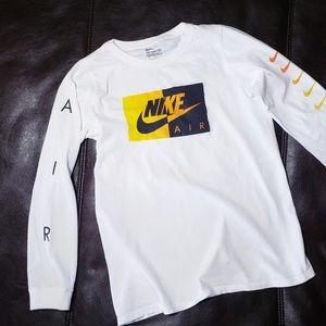 ●Nike Air Longsleeve Ombre Logo T shirt Boys sz M
